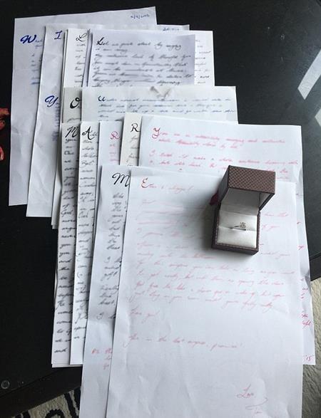 Thông điệp tình yêu ẩn chứa trong 14 lá thư của Timothy