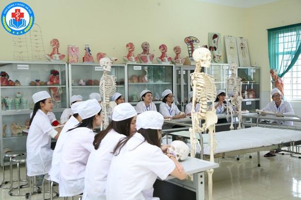 Trường Cao đẳng Y Dược Hà Nội thông báo tuyển sinh năm 2017 - 4