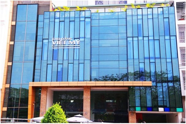 Cao đẳng Việt Mỹ tại cơ sở 1: số 5-7-9-11 đường số 4, khu dân cư Trung Sơn, TP.HCM