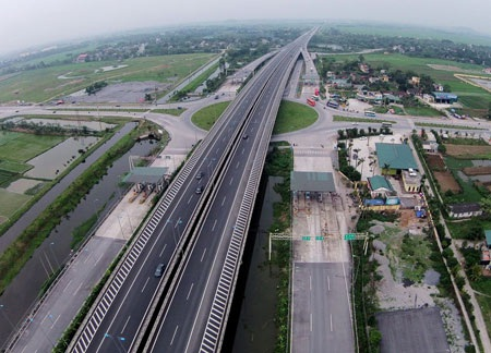 Cao tốc đường bộ Bắc - Nam với chiều dài 1.372km sẽ đi qua 20 tỉnh, thành phố