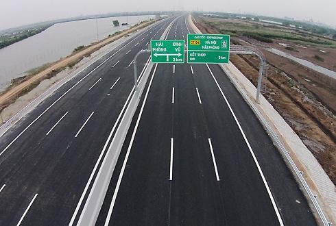 Trong bối cảnh ngân sách Nhà nước đang cạn kiệt, hình thức BOT được áp dụng cũng là giải pháp hữu hiệu nhằm phát triển đồng bộ kết cấu hạ tầng giao thông