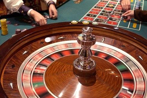 Toàn bộ số thu từ tiền vé tham gia chơi tại điểm kinh doanh casino được để lại cho địa phương