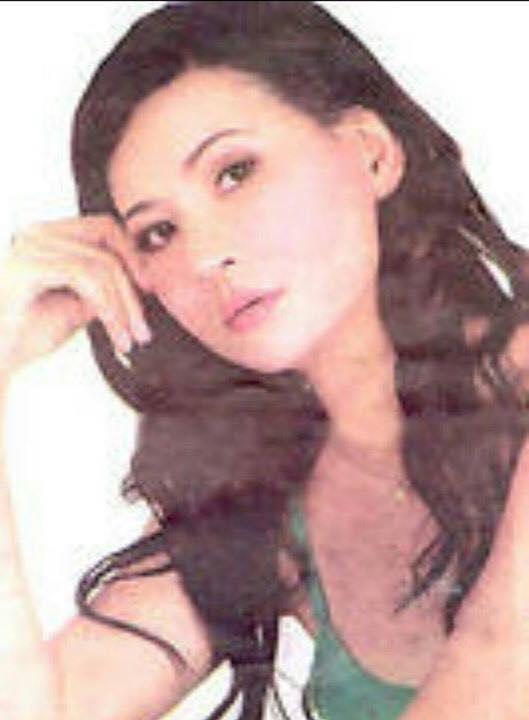 Cát Phượng năm 2000, khi chị đã diễn tại sân khấu kịch Hồng Vân.