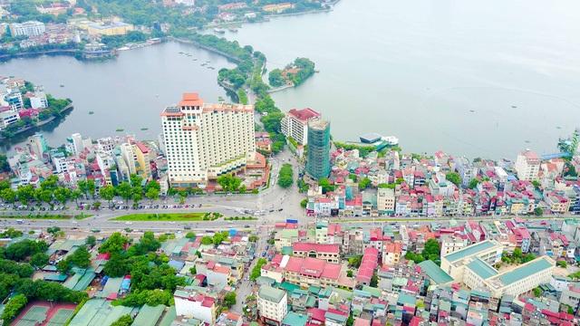 Khu vực Hà Nội sẽ xây dựng cầu vượt An Dương - đây là một trong 8 công trình trọng điểm của thành phố nhằm góp phần chống ùn tắc giao thông. Với tổng mức đầu tư gần 312 tỷ đồng, dự án xây dựng cầu vượt tại nút giao An Dương dự kiến được khởi công trong tháng 7/2017. (Ảnh: Toàn Vũ)