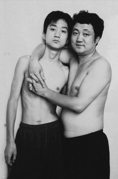 Năm 2002, Tian Li 16 tuổi và cha 43 tuổi
