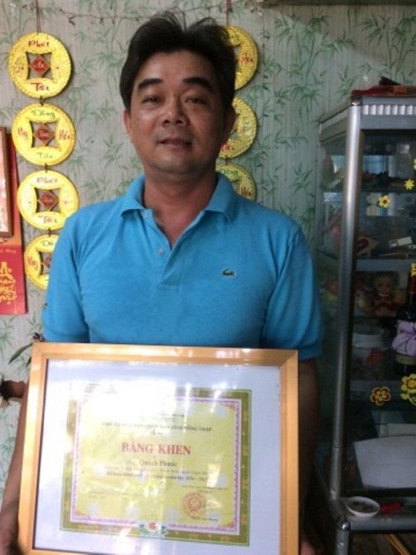 Nhiều năm liền thầy Quách Phước đạt nhiều thành tích cao trong dạy học và các môn thể thao văn nghệ và hoạt động công đoàn...