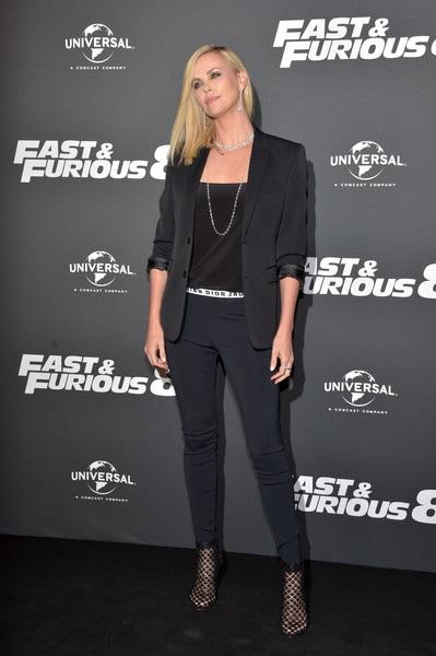 Fast & Furious 8 bước đầu đã nhận được nhiều phản hồi tích cực từ giới phê bình điện ảnh