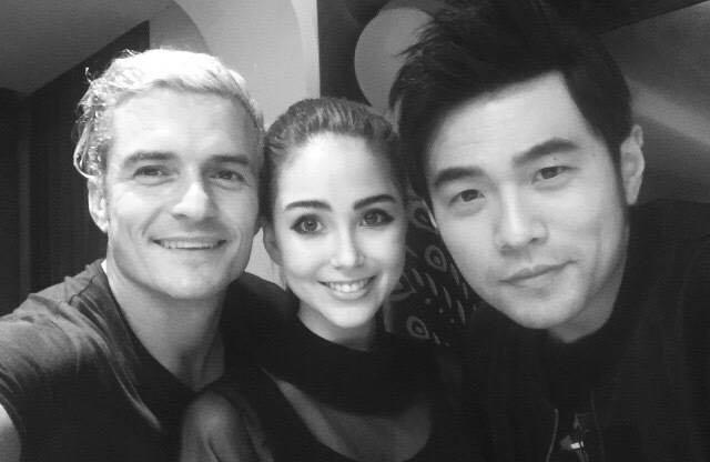 Châu Kiệt Luân còn khoe ảnh anh chụp chung với vợ và ngôi sao Hollywood - Orlando Bloom vào cuối năm ngoái.