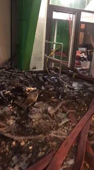 Theo Dailymail, họa sĩ Hassan Kaissi, 42 tuổi, đã quay lại đoạn video trên khi vào trong tháp Grenfell để giúp đỡ những người lính cứu hỏa trong công tác khắc phục sự cố và tìm kiếm người mất tích. (Ảnh: Dailymail)