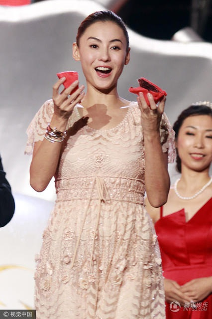 Trương Bá Chi xinh đẹp và rạng ngời tại sự kiện ngày 2/10.