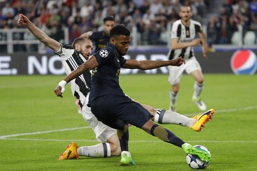 Chiellini vẫn là điểm tựa tin cậy của Juventus