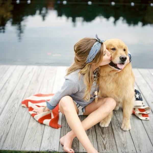 Chuyện bi hài của chàng trai phải tranh giành tình cảm với... chó của của bạn gái