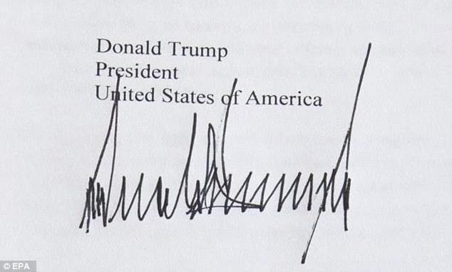 """""""Soi"""" chữ ký của các nguyên thủ G7 - 4"""