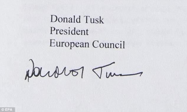 """""""Soi"""" chữ ký của các nguyên thủ G7 - 7"""