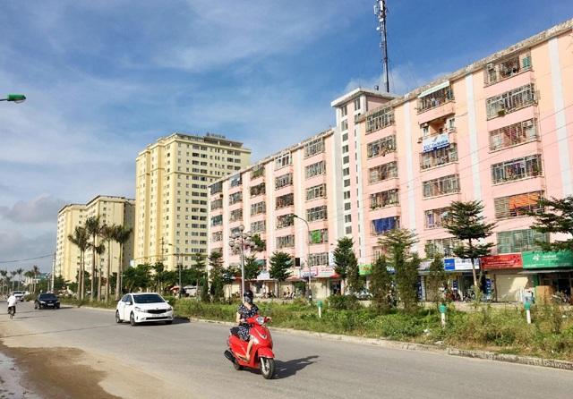 Thành phố Vinh hiện có nhiều chung cư xây dựng trong nội đô, gây sức ép lớn đến an ninh trật tự, y tế, giáo dục...