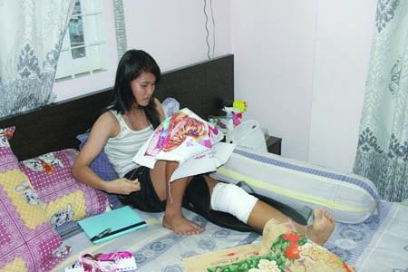 Trung vệ thép của bóng đá nữ Việt Nam Chương Thị Kiều tưởng có lúc đã không còn được tiếp tục đá bóng đỉnh cao vì chấn thương dai dẳng năm 2013