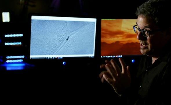 Nhà thiên văn học kiêm chuyên gia phân tích hình ảnh Marc D'Antonio.
