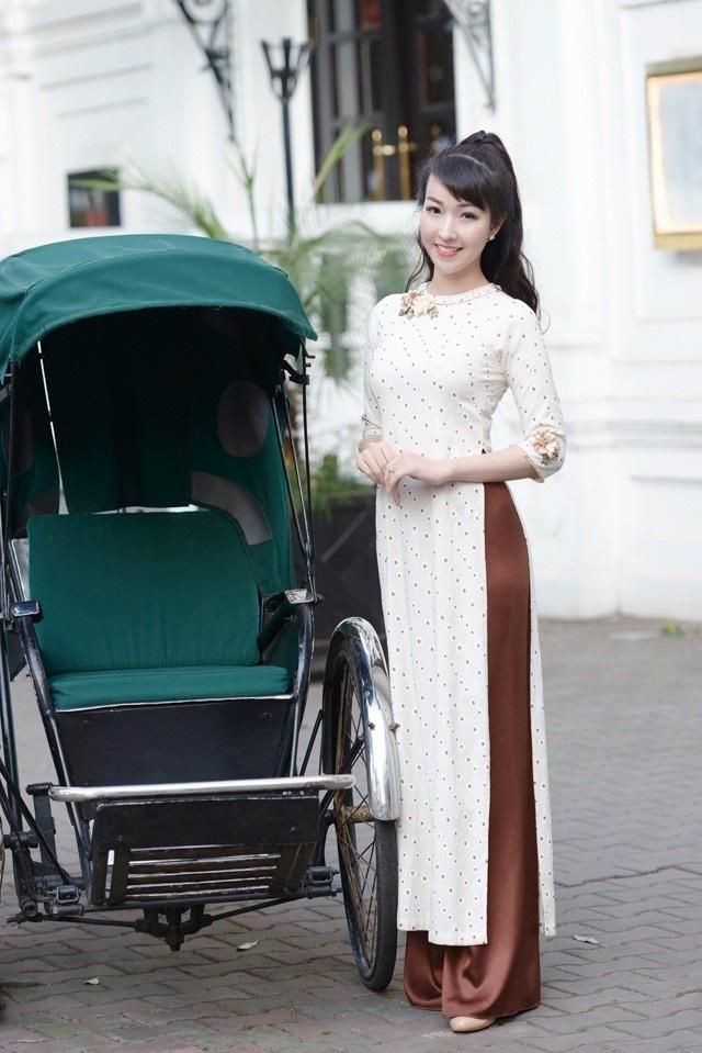 """Diễn viên trẻ Kiều Nhi hóa """"Cô Ba Sài Gòn"""" với tà áo dài phong cách thập niên 60 - 9"""