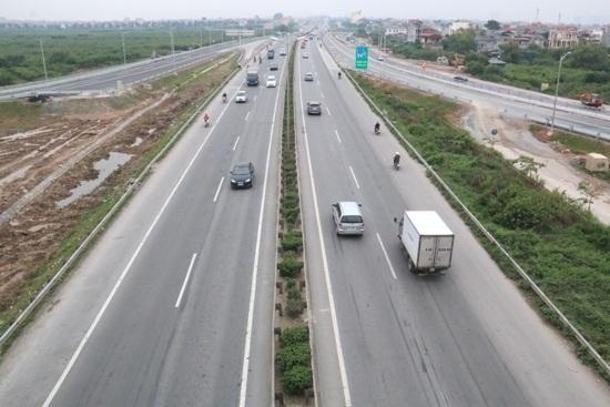 Hạ tầng giao thông ở Việt Nam ngày càng hiện đại (ảnh minh họa).