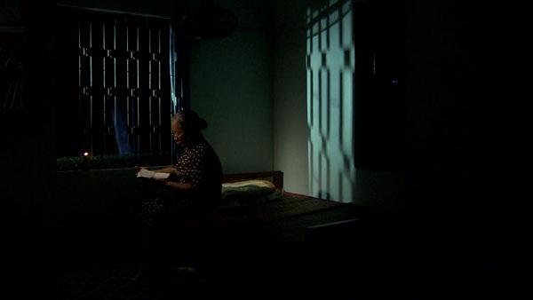 Bà Cẩm 43 năm sống lẻ bóng....