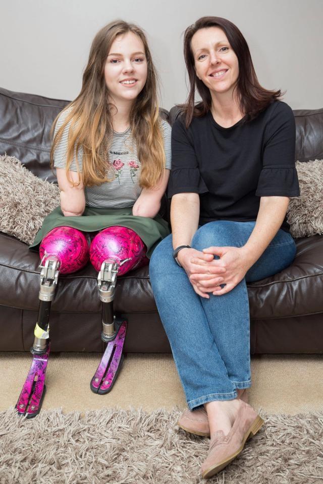 """Mẹ của Izzy Weall luôn tự hào về con gái của mình: """"Một cô bé chưa bao giờ bị điều gì khuất phục"""""""