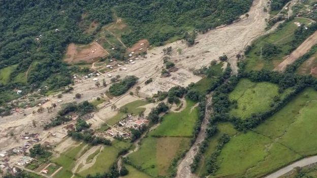 BBC dẫn lời giới chức Colombia ngày 1/4 thông báo trận lở đất xảy ra tại tỉnh Putumayo đã cuốn theo bùn, các mảnh vỡ và đồ vật trôi nổi ập vào nhà dân ngay trong đêm khiến ít nhất 206 người thiệt mạng. (Ảnh: BBC)