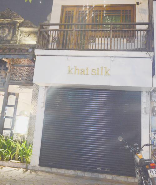 Một cửa hàng khác của Khaisilk tại Hà Nội cũng đóng cửa