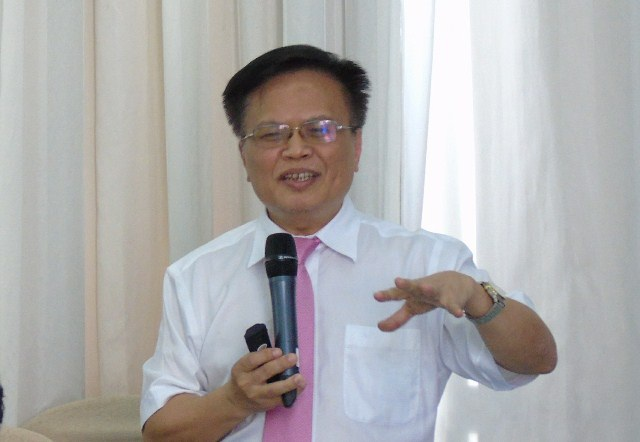 Tiến sĩ Nguyễn Đình Cung, muốn tái cơ cấu kinh tế thành công phải xóa bỏ cơ chế xin-cho