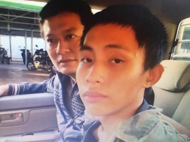 Đối tượng cướp Taxi Lê Huy (bên phải)
