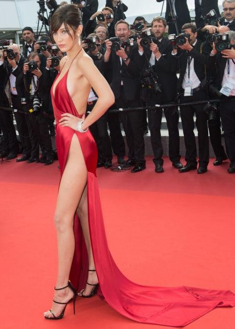 Không ai không nhắc tới chân dài đình đám Bella Hadid khi cô dự LHP Cannes trong bộ váy Alexandre Vauthier