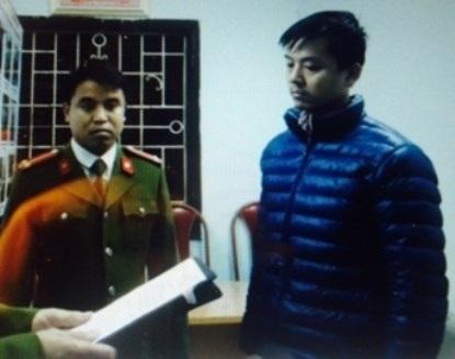 Và thời điểm nghe tống đạt các quyết định khởi tố bị can, tạm giam, tại trụ sở CAP Hoàng Liệt