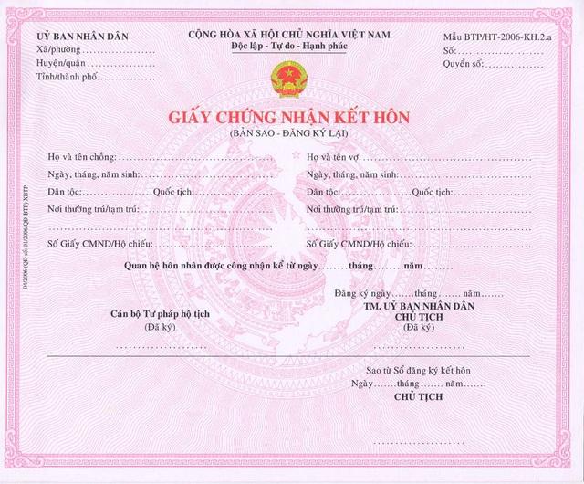 Chưa thể bỏ ngay thủ tục xuất trình giấy đăng ký kết hôn khi làm khai sinh cho con (Ảnh minh hoạ)