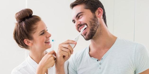 Nên đánh răng trước hay sau bữa sáng? - 1