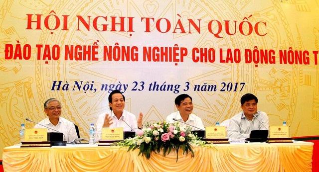 Hội nghị về dạy nghề cho lao động nông thôn được Bộ LĐ-TB&XH và Bộ NN&PTNN tổ chức năm 2017.