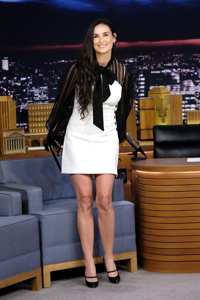Demi Moore trẻ trung trả lời phỏng vấn trong chương trình The Tonight Show Starring Jimmy Fallon tại New York hồi giữa tháng 6