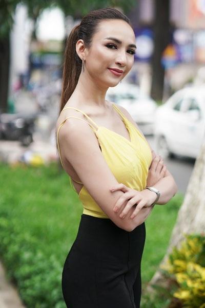 """Á quân The Face ngọt lịm sắc hồng pastel, hoa hậu Ngọc Diễm nóng """"bỏng mắt"""" - 3"""