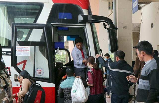 Hà Nội điều chuyển hàng loạt xe khách từ bến Mỹ Đình về bến Nước Ngầm, Giáp Bát, Yên Nghĩa