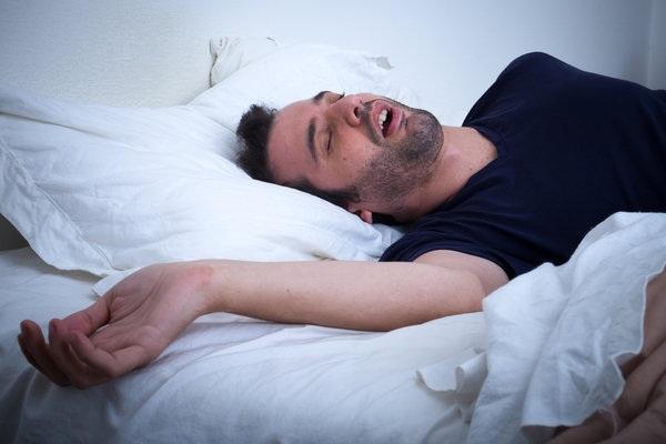 """""""Xử lý"""" chứng mất ngủ với 5 thói quen dinh dưỡng - 3"""
