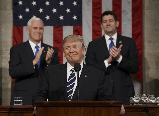 Tổng thống Mỹ Donald Trump phát biểu lần đầu tại phiên họp chung của Quốc hội ngày 28/2. (Ảnh: Reuters)