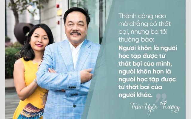 Tác giả Trần Uyên Phương và cha - doanh nhân Trần Quí Thanh.