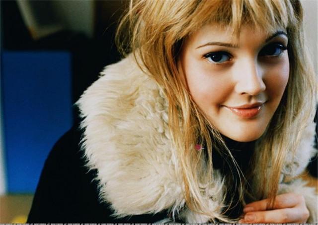 """Drew Barrymore: Từ ngôi sao """"nhí"""" nổi loạn tới bà mẹ tận tâm - 9"""