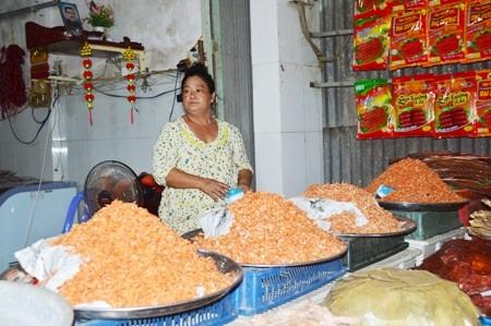 Khô được bán tại các làng nghề nổi tiếng ở miền Tây.
