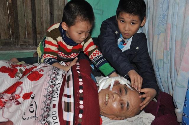 Trước lúc nhắm mắt, xuôi tay bác luôn canh cánh trong lòng nỗi lo cho hai cháu nội.