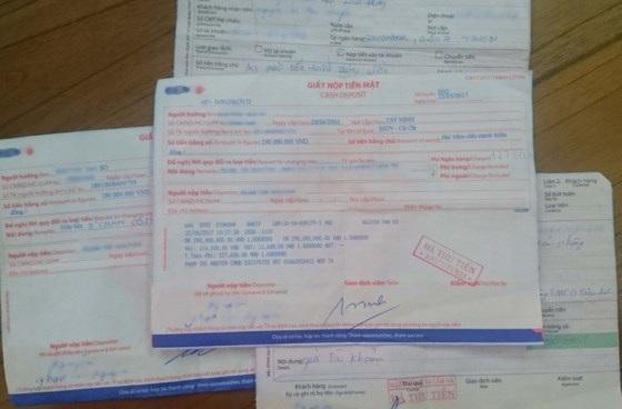 Các hóa đơn chuyển tiền của bà N. cho các đối tượng lừa đảo