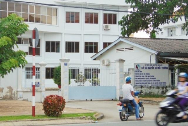 Sở Tài nguyên và Môi trường tỉnh Bạc Liêu, nơi nguyên Giám đốc Trung tâm Kỹ thuật tài nguyên và môi trường trực thuộc Sở này bị khai trừ Đảng vì nhiều vi phạm.