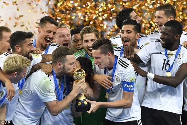 Người Đức hạnh phúc với chức vô địch Confederations Cup 2017