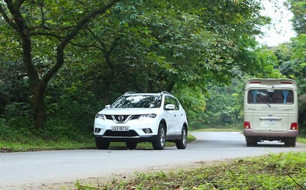 Có giá bán lẻ chênh đến hơn 100 triệu đồng so với các phiên bản còn lại song phiên bản cao cấp nhất Nissan X-Trail 2.5L SV lại bán chạy nhất