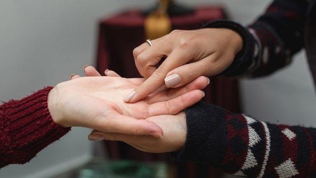 Có đường này trên lòng bàn tay, nghĩa là sức khỏe của bạn đang bị tổn thương - 1