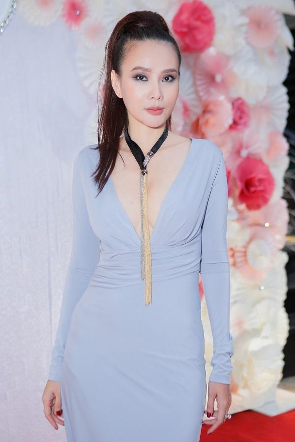 Dương Yến Ngọc xinh đẹp ở tuổi 40