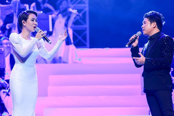 Uyên Linh - Trọng Tấn.